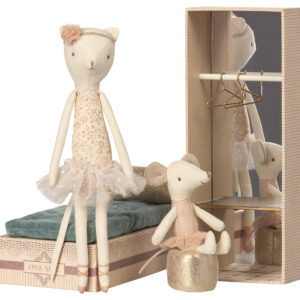 Maileg Dancing Cat and Mouse in Shoebox: 16-8601-00